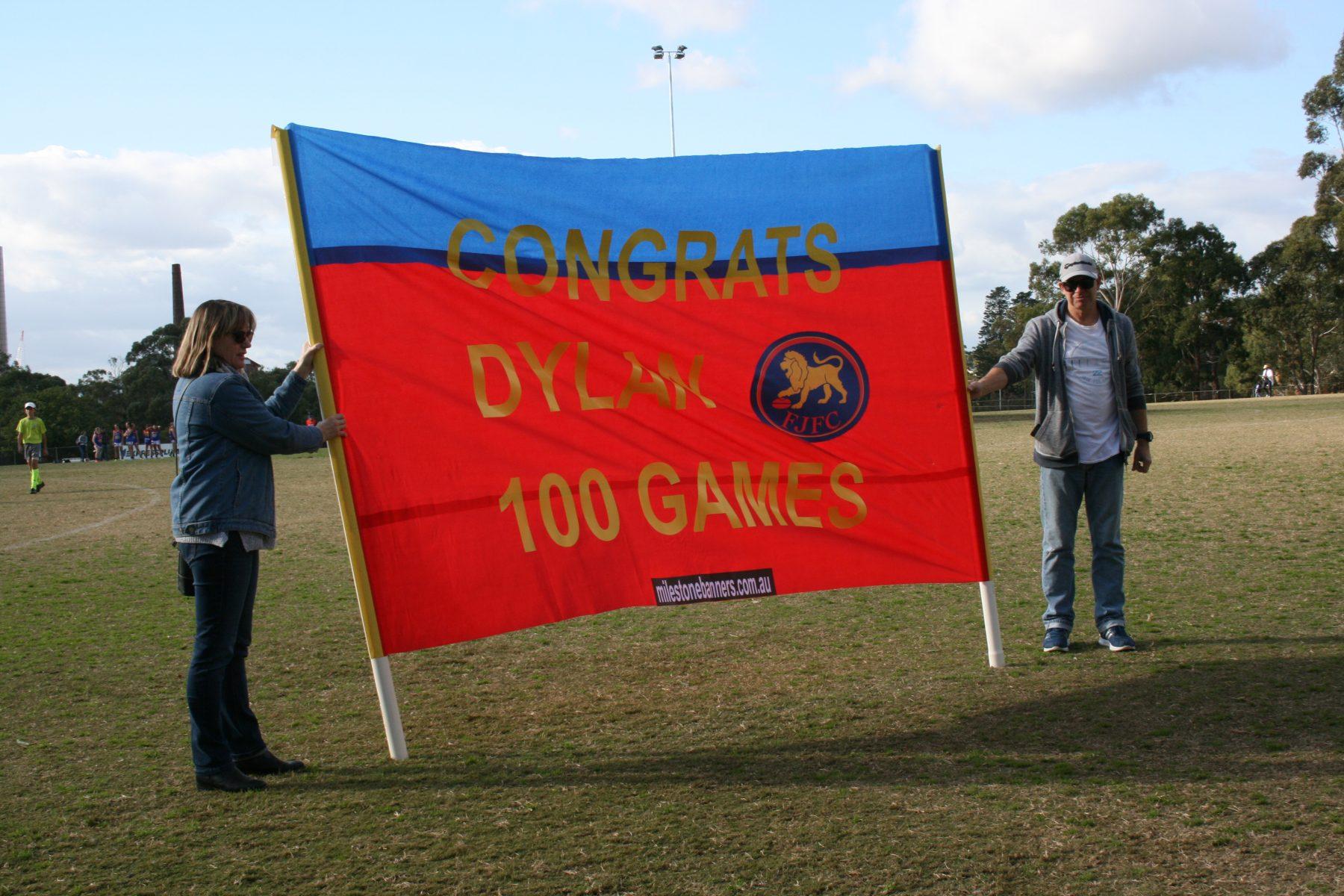 Milestone Banners –